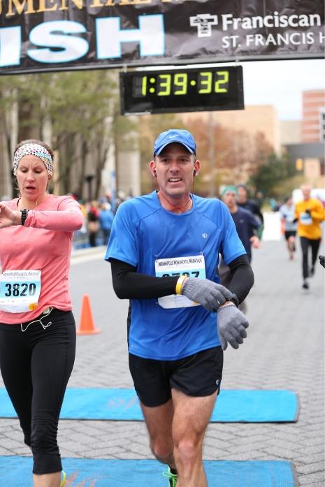 Indianapolis Monumental Half Marathon finish